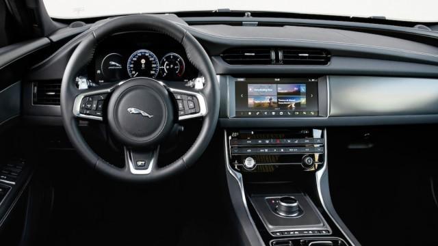 Изображение 2: Jaguar XF 2021 Portfolio